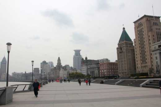 A view looking down the promenade along the Bund.