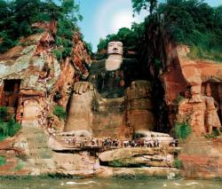 3-Days Leshan Buddha & Emei Mountain Tour, China