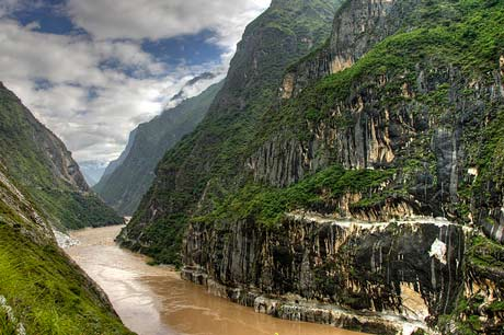 2 Days Trekking Tiger Leaping Gorge