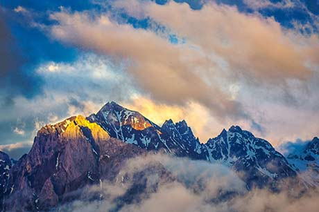4 Days Lijiang Tour to Tiger Leaping Gorge and Snow Mountain